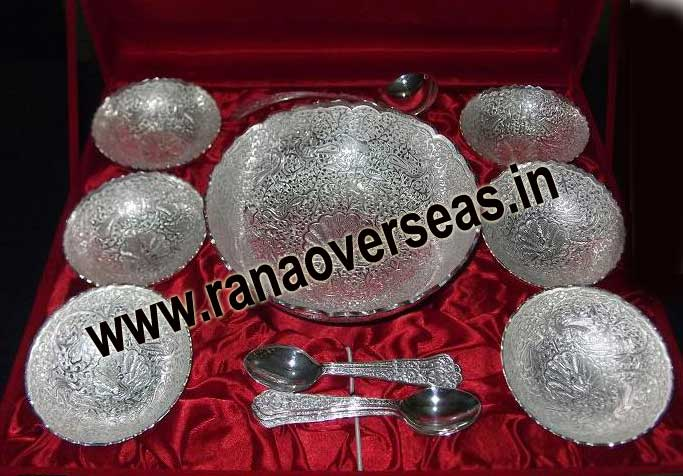 SILVER PLATED PUDDING SET