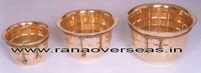 BrassMetalPlanter3718